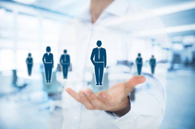 「社長」と「CEO」は違う?起業時に知っておきたい創業メンバーの役職