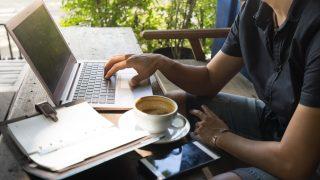 好きな時間に好きな場所で仕事する。ノマドワーカーとして起業するこれからの働き方